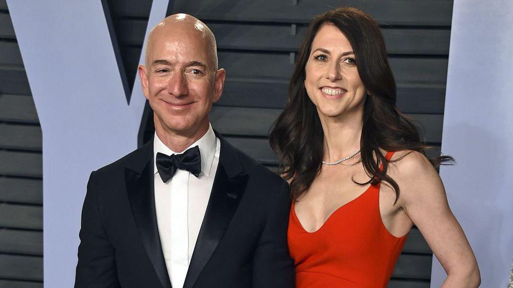 亞馬遜創辦人貝佐斯夫婦宣布離婚,投資人顯然還在消化兩人結束25年的婚姻關係對亞馬...