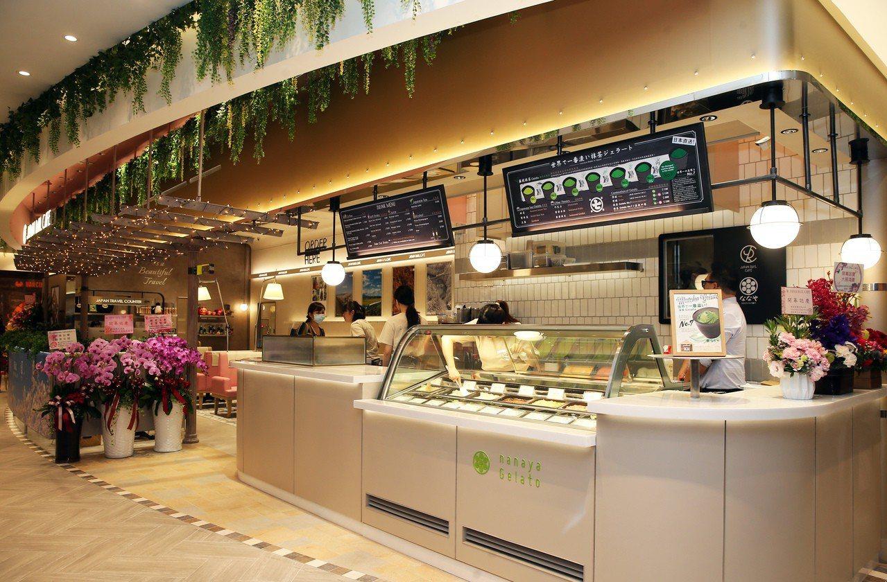 微風南山atré 4樓—JAPAN RAIL CAFE。記者徐兆玄/攝影