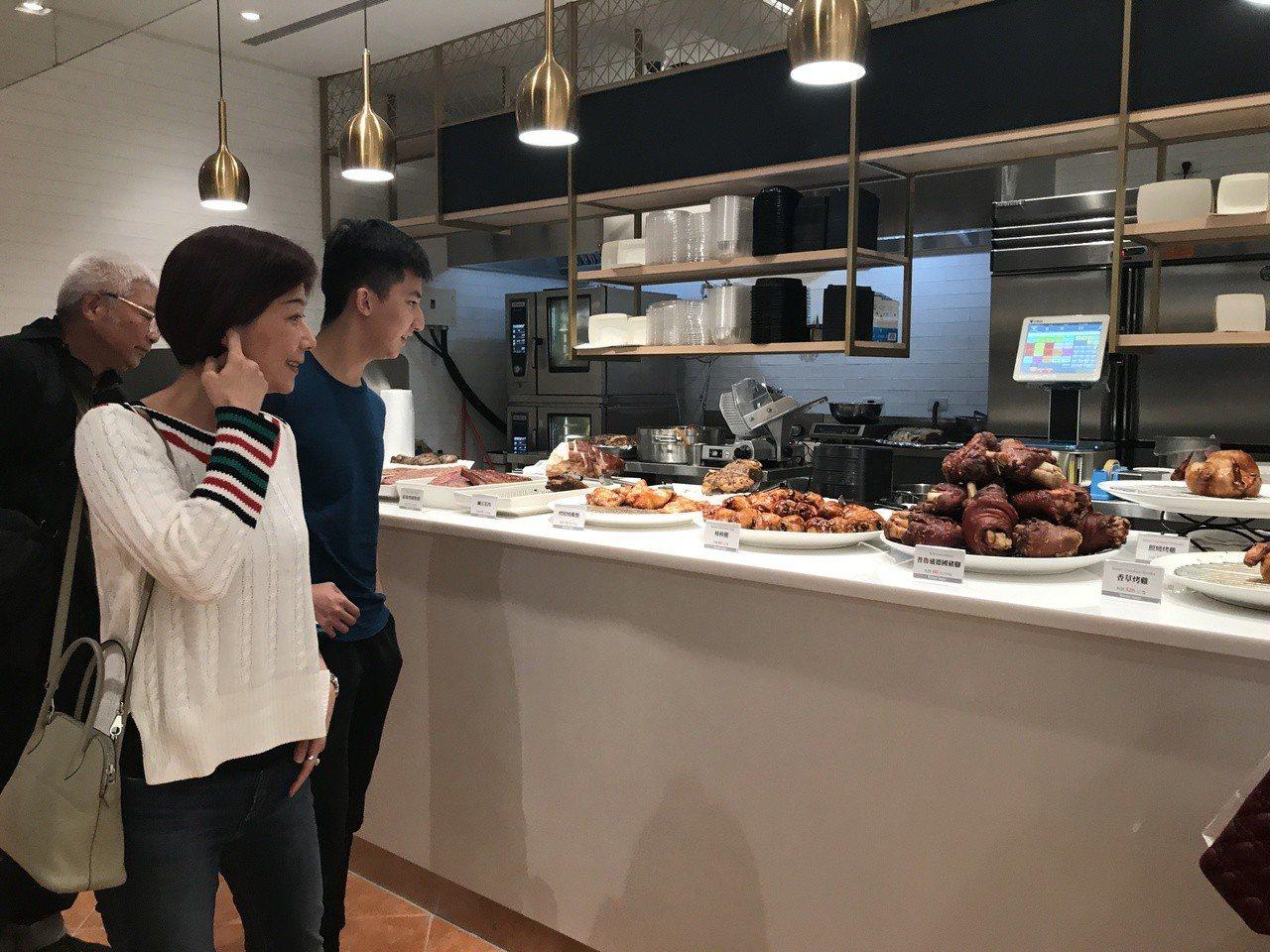 微風超市南山旗艦店的熟食區。記者江佩君/攝影