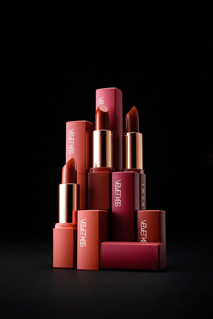 1028唇迷心竅好色唇膏,售價320元,共6色。圖/1028提供