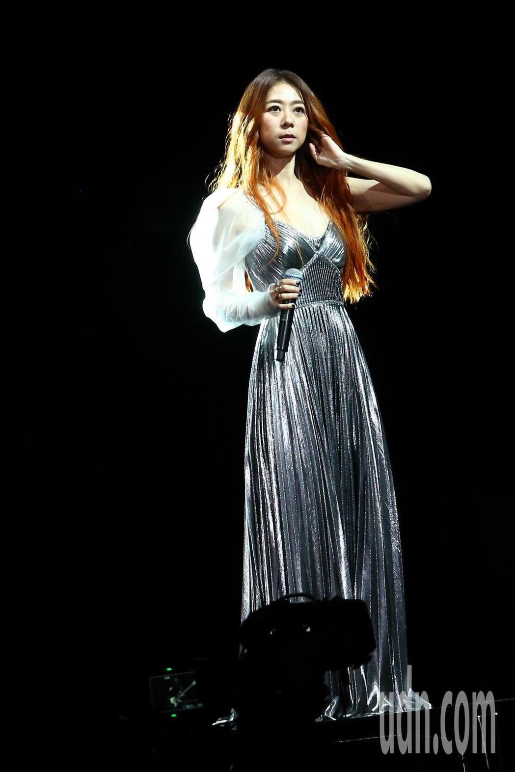 陳綺貞今天在小巨蛋舉辦首日《漫漫長夜》演唱會。記者葉信菉/攝影