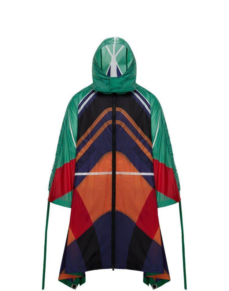 O-DAKO多色幾何印花連帽外套,售價86,300元。圖/MONCLER提供