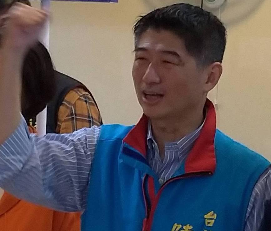 國民黨立委候選人陳炳甫近日行程以私人拜會為主。記者莊琇閔/攝影