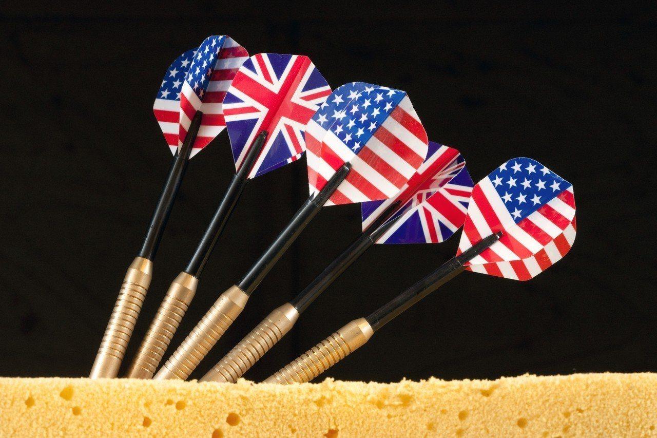 英國人與美國人都使用英語,但調查發現半數美國人聽不懂英國人的嘲諷。 圖/Ingi...
