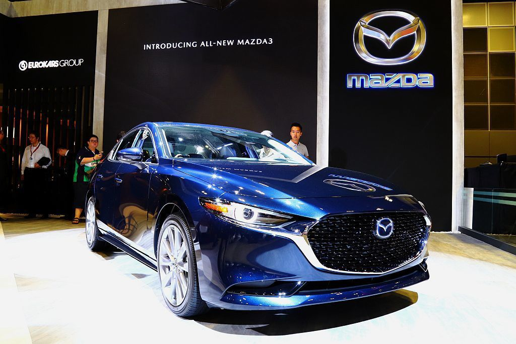 比東京改裝車展還早一天亮相的全新第四代Mazda3,今年第二季也將會登台發表。 ...