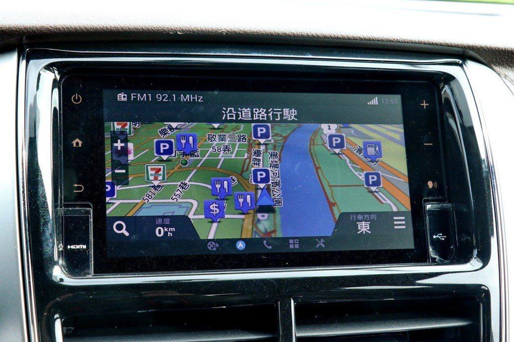 可升級選配衛星導航。 記者陳威任/攝影