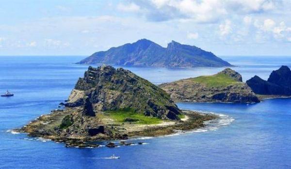 中共海警2305艦艇編隊1月12日在釣魚台領海內巡航。圖為釣魚台。(澎湃新聞)