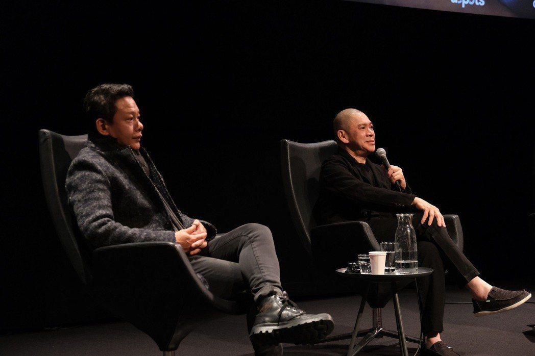 蔡明亮(右)、李康生(左)出席荷蘭Eye電影博物館展映活動,與影迷熱情交流。圖/