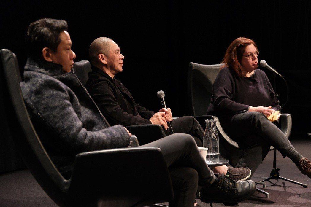 蔡明亮(中)、李康生(左)出席荷蘭Eye電影博物館展映活動,電影博物館總監San...