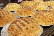 菠蘿麵包和魚餃蝦餃哪個比較「原味」?答案竟是後者