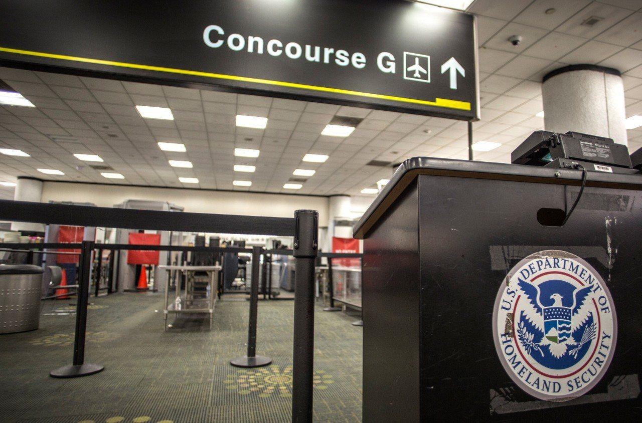 美國政府關門12日進入第22天,改寫最久紀錄。 歐新社
