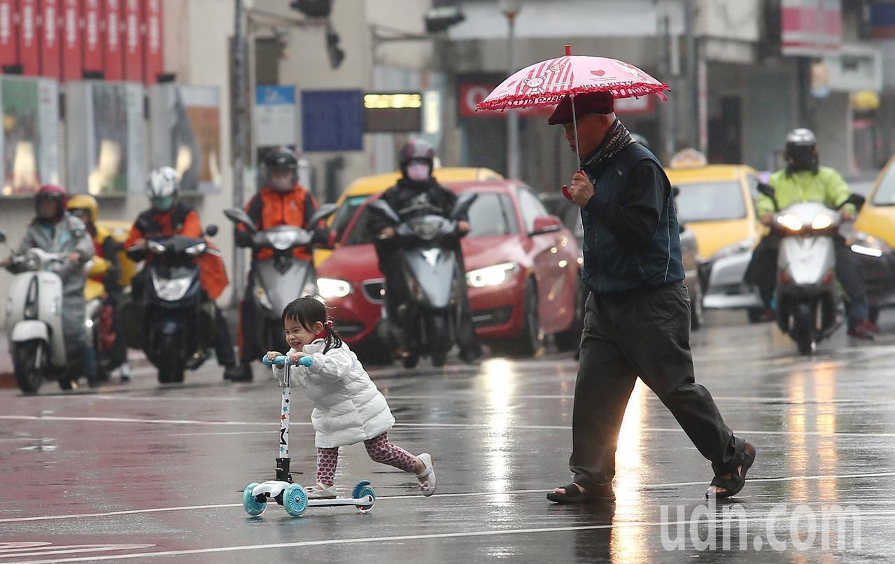 周三變天,北台灣轉濕涼。聯合報系資料照