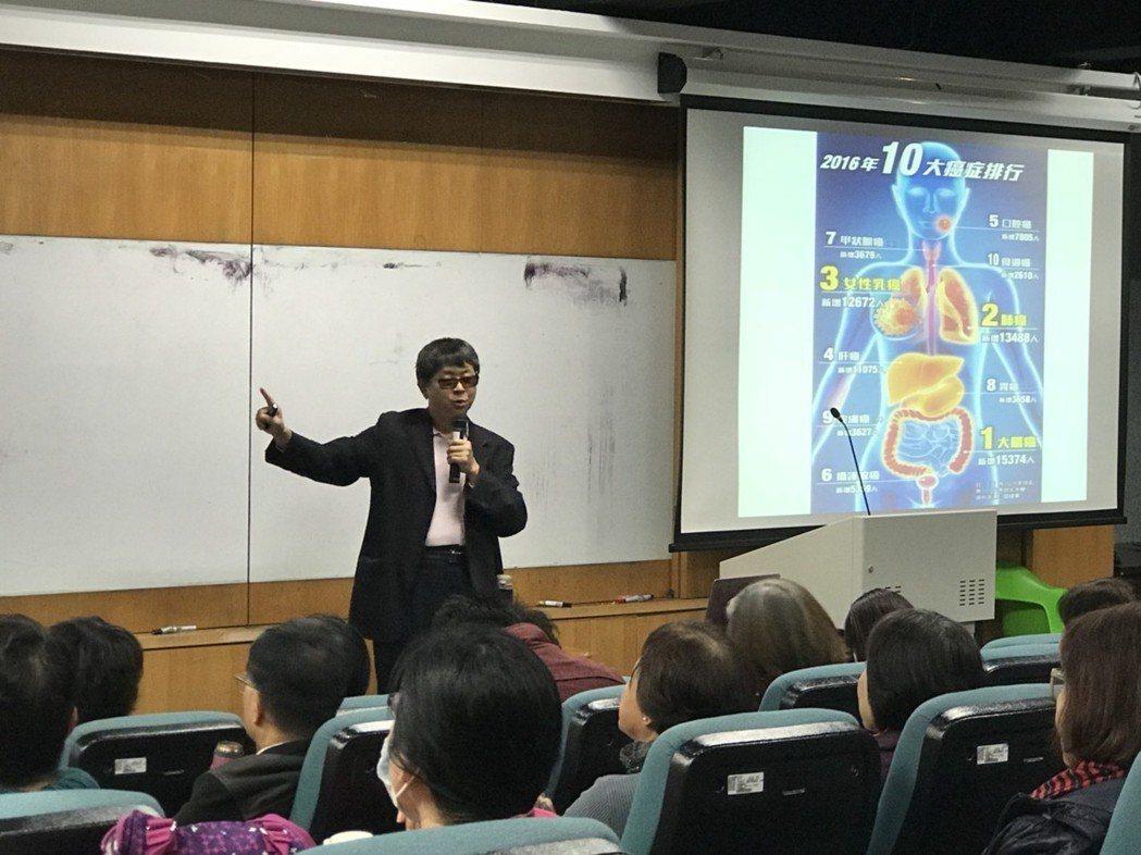 吳焜裕表示,食安工作應該反映民眾關切的重點,食品安全就是要預防因飲食衍生的疾病,...