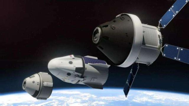 大陸探月工程「繞、落、回」三步走計劃中,前兩步任務已經完成,下一步將發射嫦娥五號...