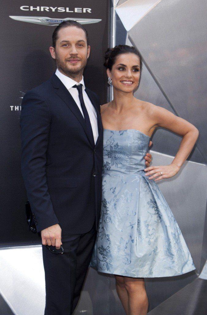 湯姆哈迪與妻子夏洛特萊莉。(路透)