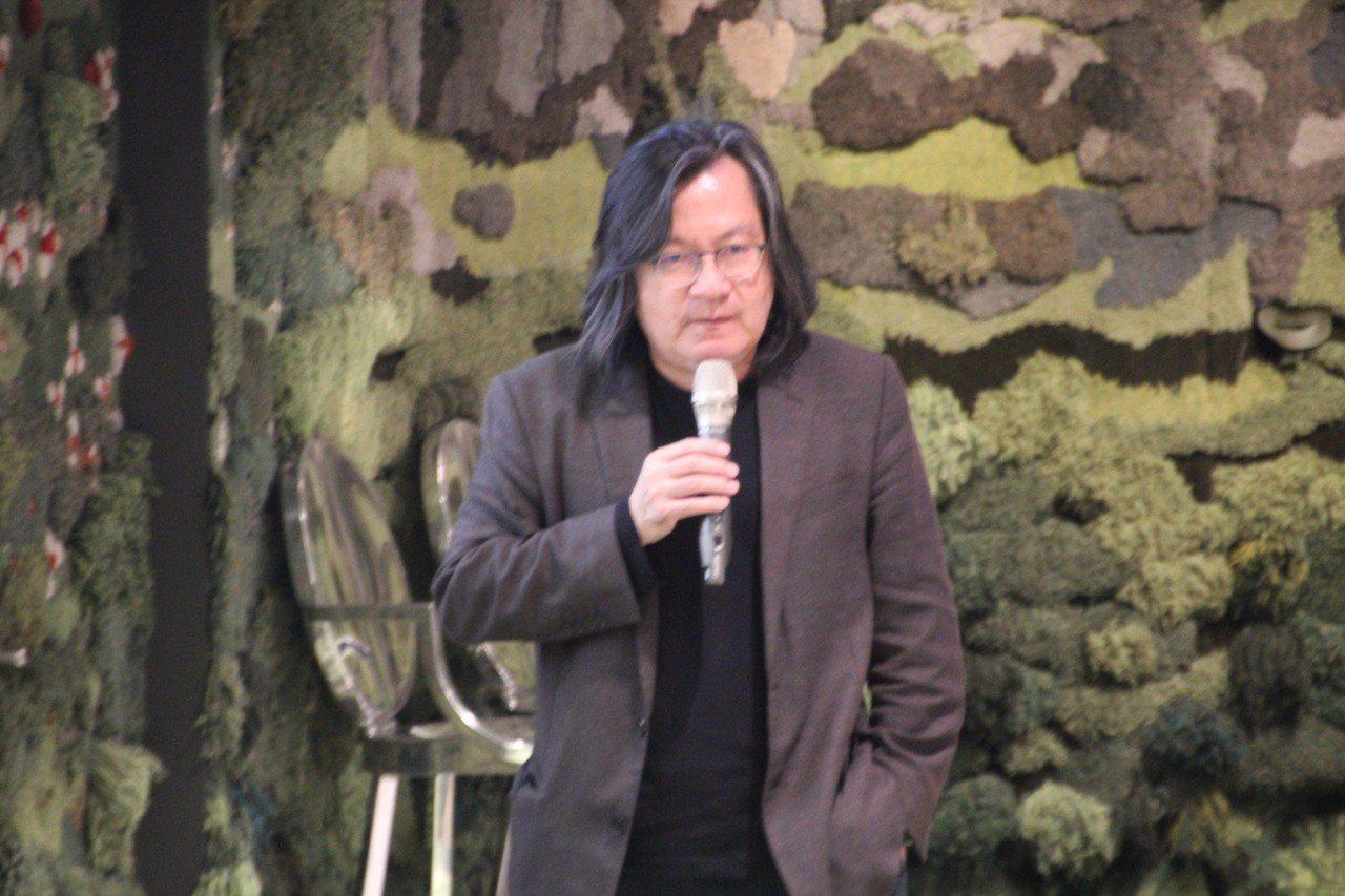 北市府前都發局長林洲民出席「台北公共住宅公共藝術論壇」,會前受訪時表示,台北市長...