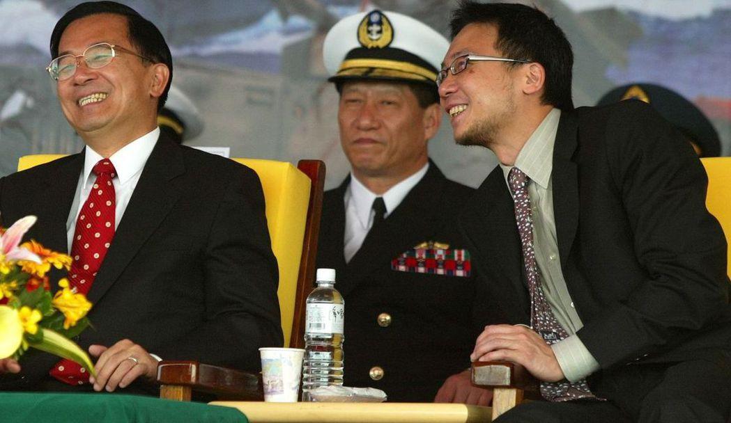 前總統陳水扁(左)與馬永成。 聯合報系資料照片/記者劉學聖攝影