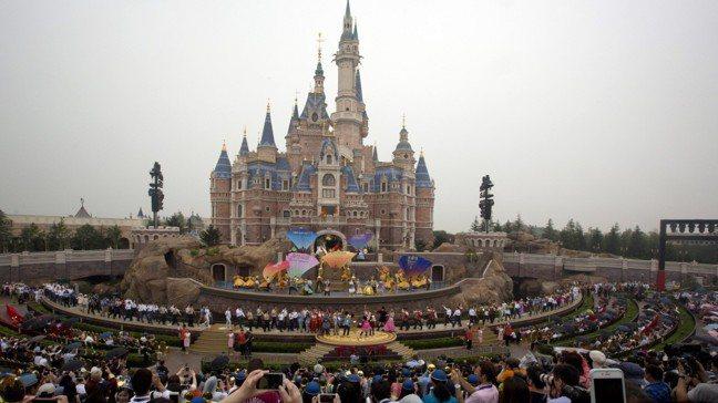 上海迪士尼樂園。(圖/美聯社)