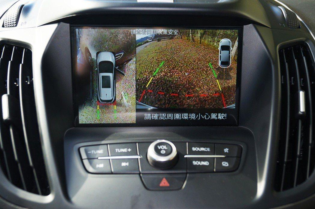 新增360°環景影像系統(後)。 記者趙駿宏/攝影