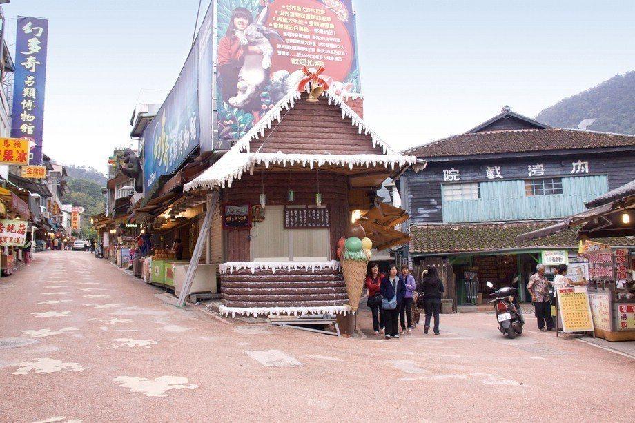 新竹縣內灣老街是全台老街的知名景點之一。圖/縣府提供