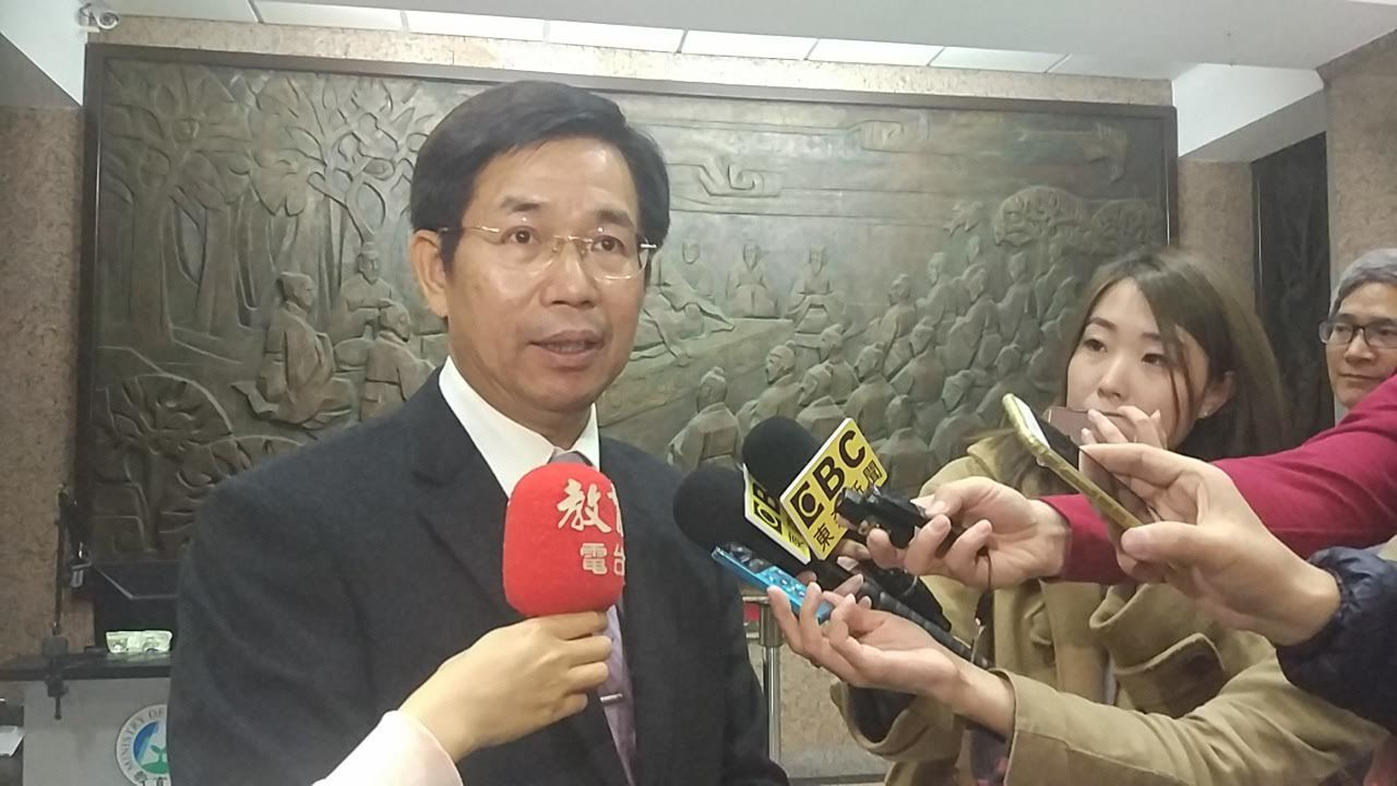 教育部部長潘文忠今天交接後返回教育部。記者林良齊/攝影