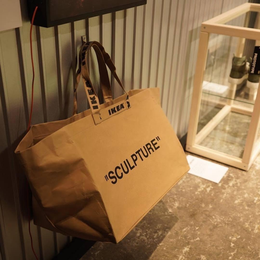 OFF-WHITE X IKEA 「SCULPTURE」環保袋,分為兩個尺寸,價...