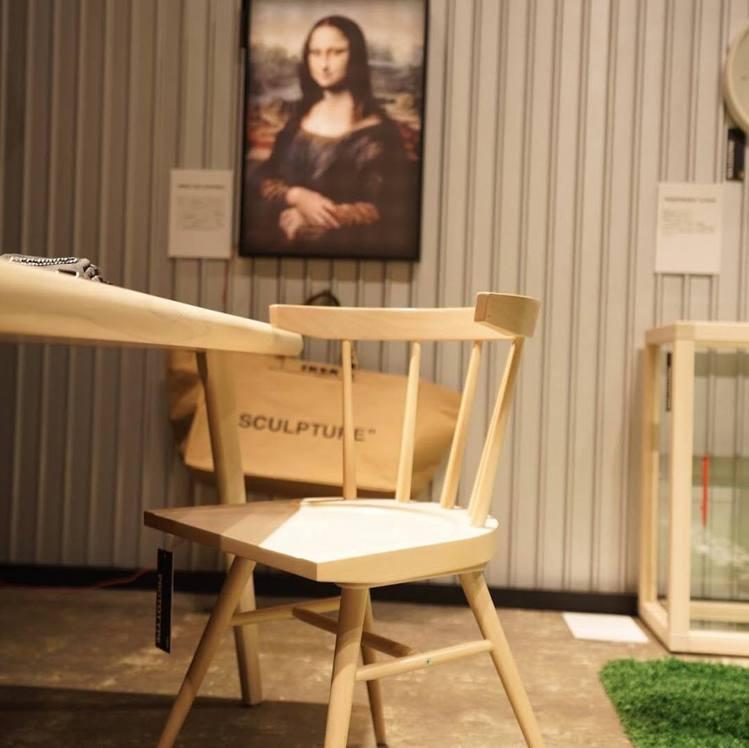 OFF-WHITE X IKEA 木椅售價80美元,約台幣2,470元。圖/摘自...