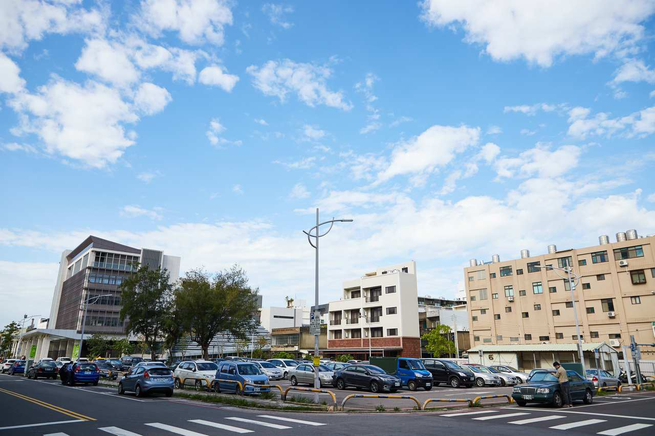 香山區長期來缺乏室內運動空間,新竹市府今年獲得教育部體育署通過1.4億元興建香山...