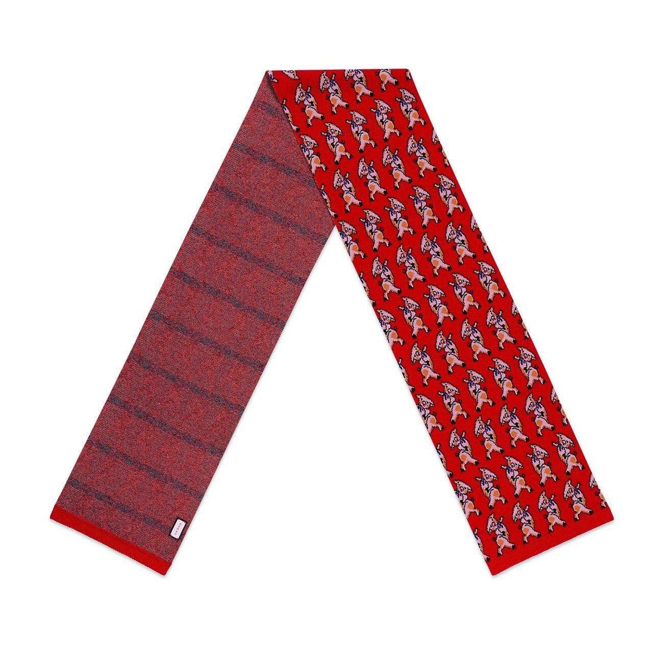 春節限定系列-小豬刺繡圍巾,18,500元。圖/Gucci提供