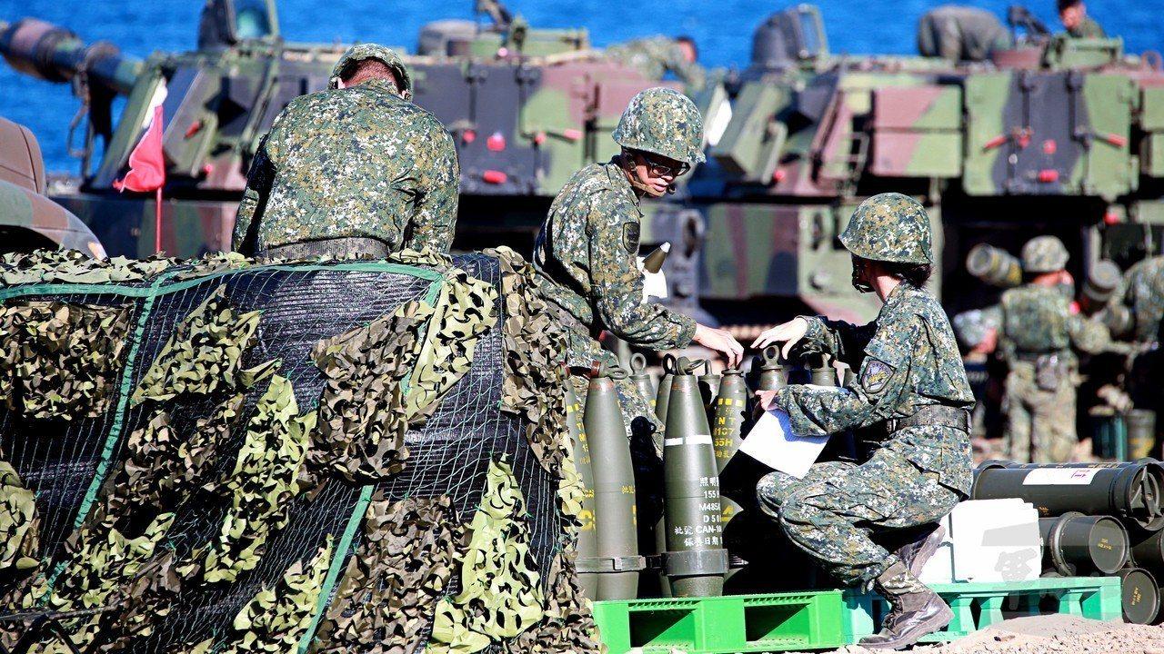 前年九月,國軍的重砲射擊,不過軍方官員已經表明,周四的反登陸操演,因為時間正處拂...