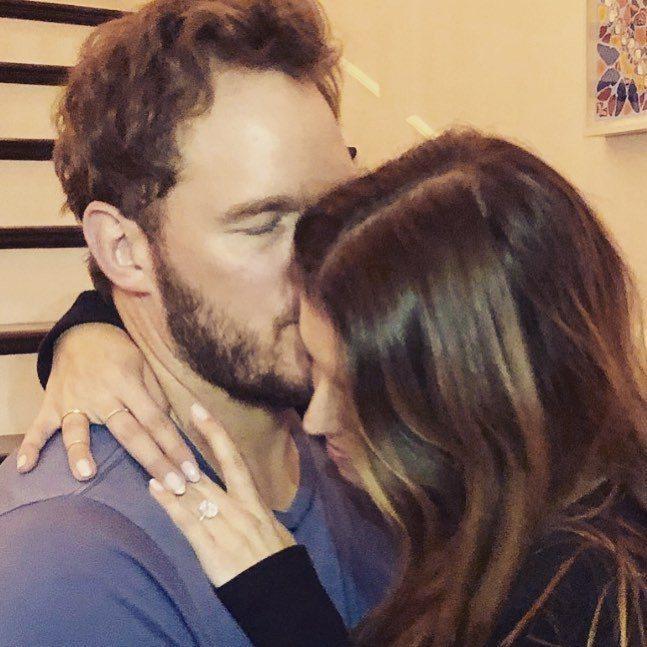 「星爵」克里斯普瑞特與凱薩琳交往7個月,宣告求婚正式成功。圖/摘自IG