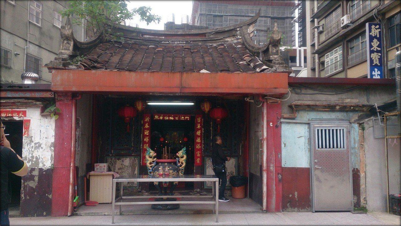 桃園舊城區四大古廟之一的桃園區西廟。圖/文化局提供