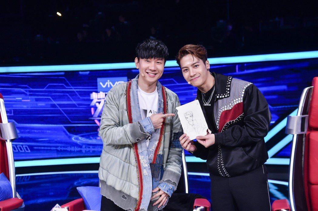 林俊傑與王嘉爾(右)。圖/JFJ Productions提供