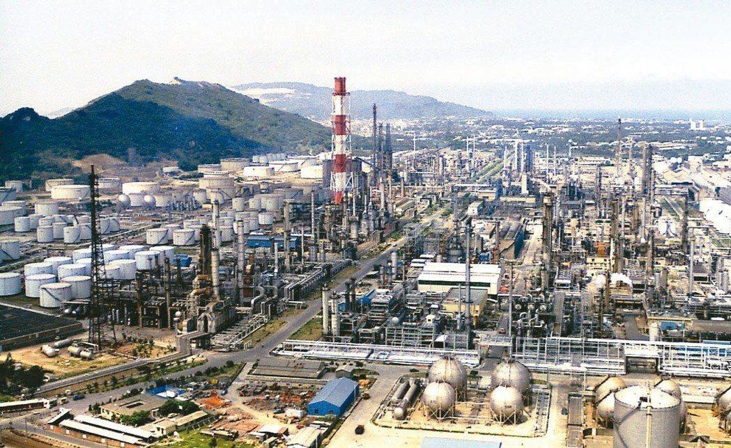油價上漲帶動SM、PS、ABS上下游族群啟動新漲勢。 本報系資料庫