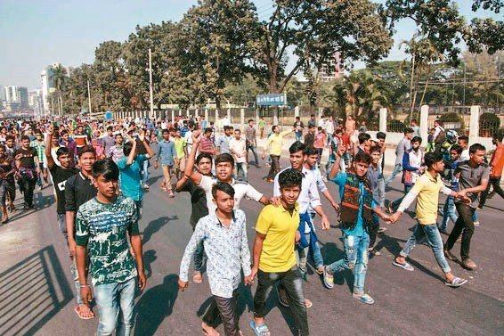 「孟加拉勞資協商有結果 六階層總薪資提高」的圖片搜尋結果