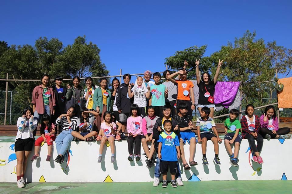 Soupuzu鄒族成長營第1屆學員僅有10來個,到今年暑假第4屆時,參與營隊的學...