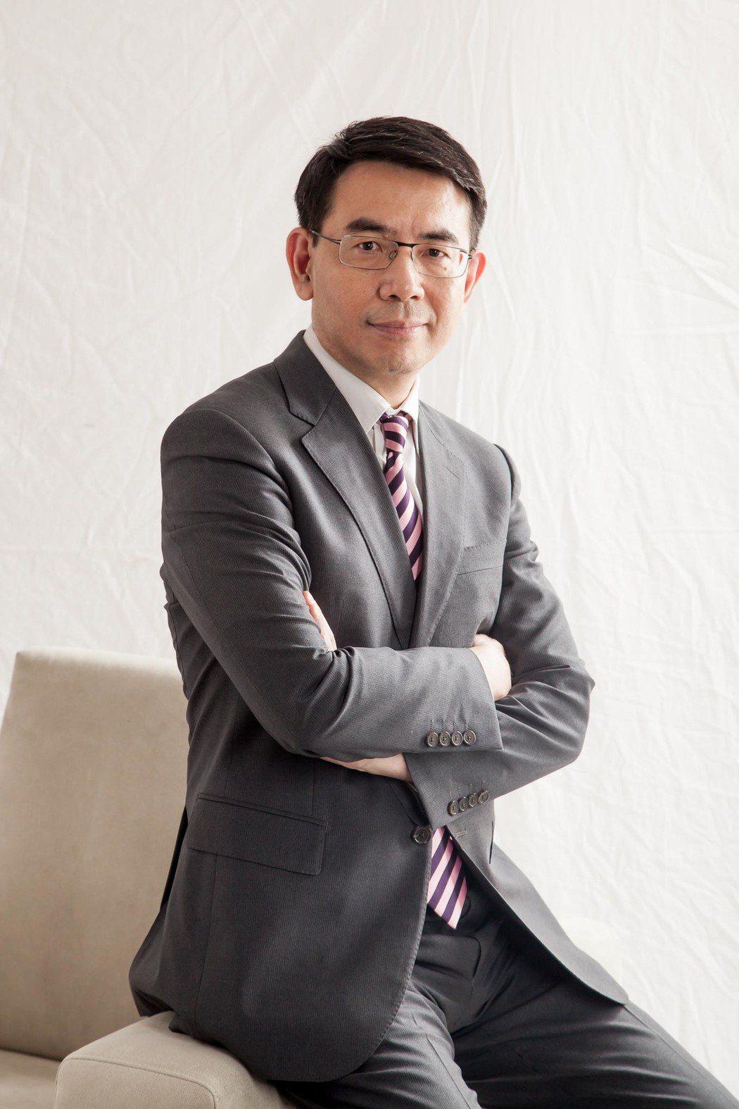 劉寶傑確定留任「關鍵時刻」。圖/東森提供