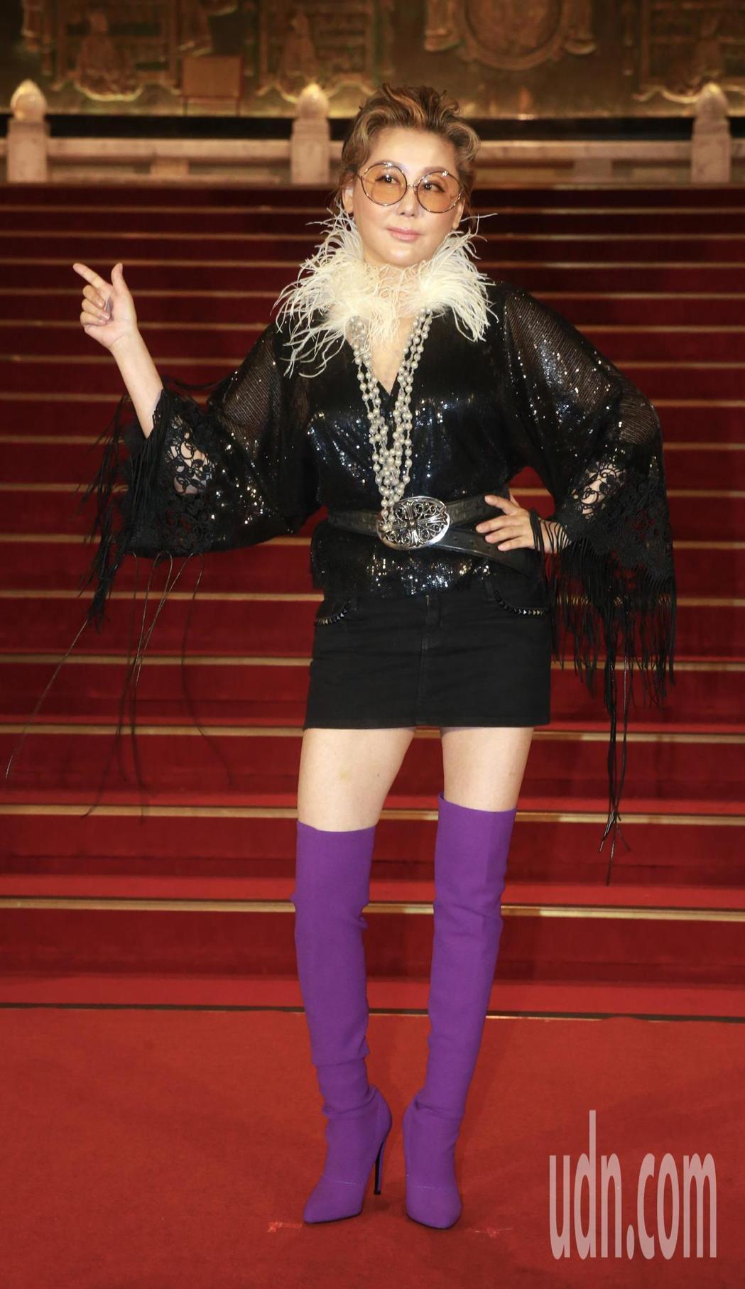 跨國戲劇「你那邊怎樣.我這邊OK」,中午舉行台星聯合開鏡記者會,攜手新加坡新傳媒...
