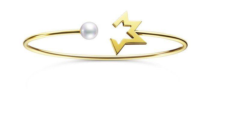 林志玲配戴的TASAKI comet plus珍珠黃K金手環,62,100元。圖...