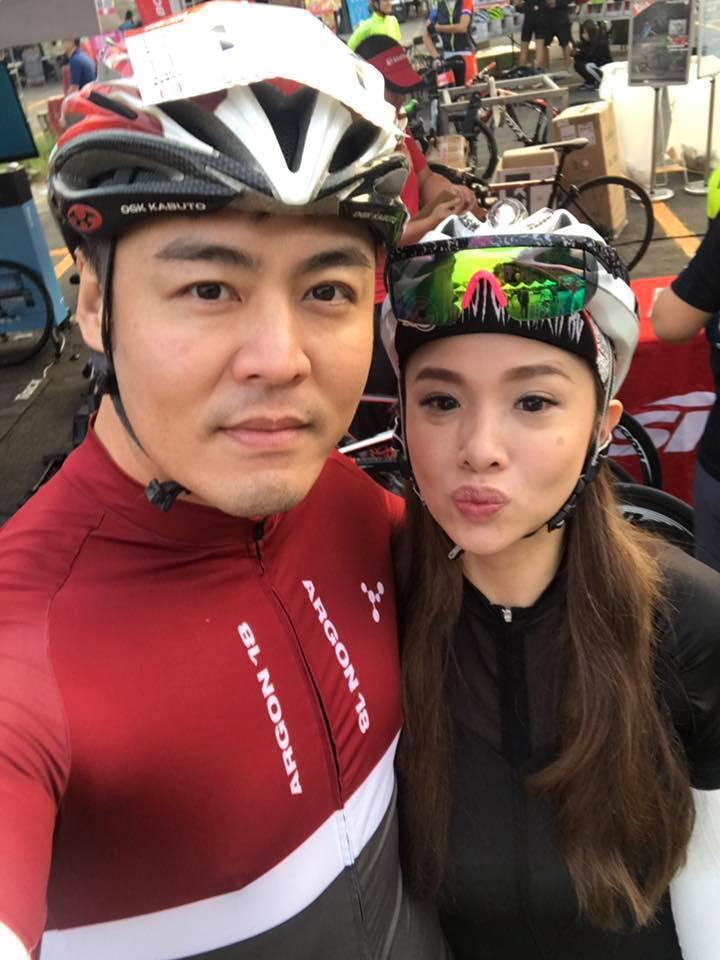 劉至翰上個月才和老婆Vivian高調曬恩愛。圖/摘自臉書