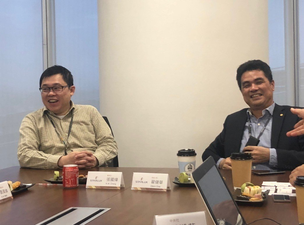 星宇航空董事長張國煒(左)、總經理翟健華(右)。 記者侯俐安/攝影