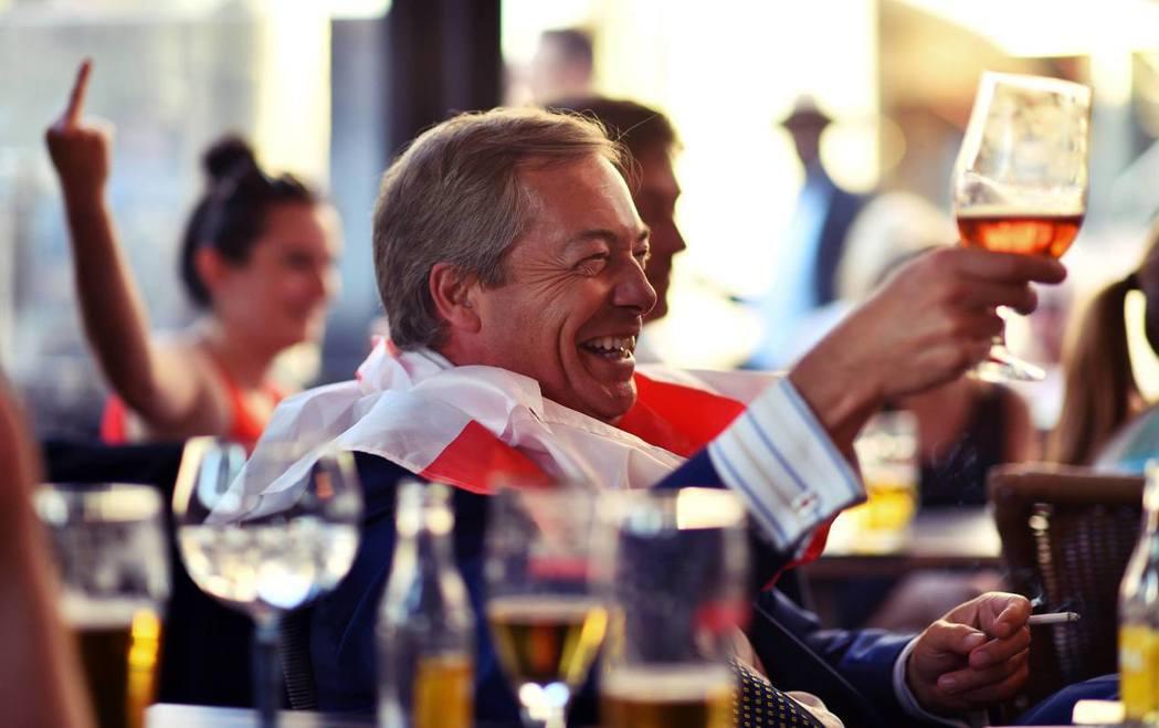 英國政壇充斥著各路投機政客,難以彙整共識,脫歐戰將也各個群起亂舞。圖為脫歐大將之...