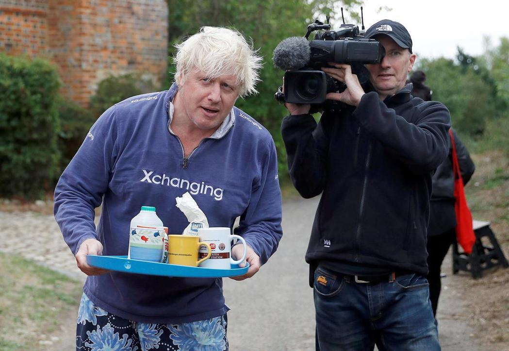 「Coffee, tea, or Boris Johnson?」硬脫歐派將脫歐協...