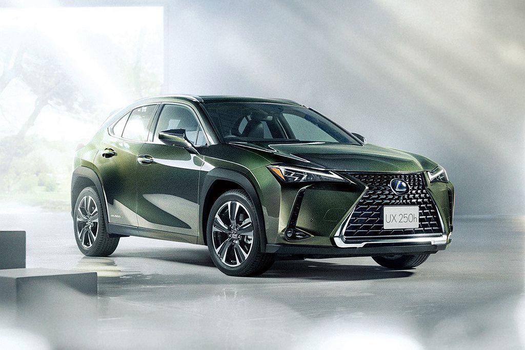 更節能的Lexus UX250h Hybrid繳出21.7km/L平均油耗表現,...