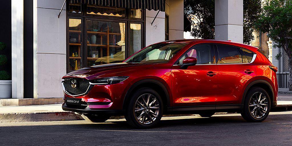 追加新動力的Mazda CX-5休旅車,2.5L Skyactiv-G汽油引擎具有13.1km/L平均油耗成績,若為AWD車型則為12.2km/L。 圖/Mazda提供