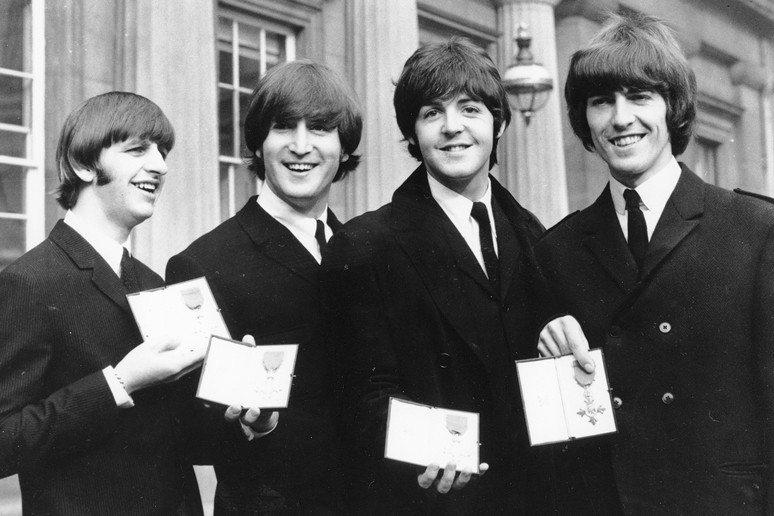 披頭四堪稱1960年代風靡全世界的文青。 圖/美聯社