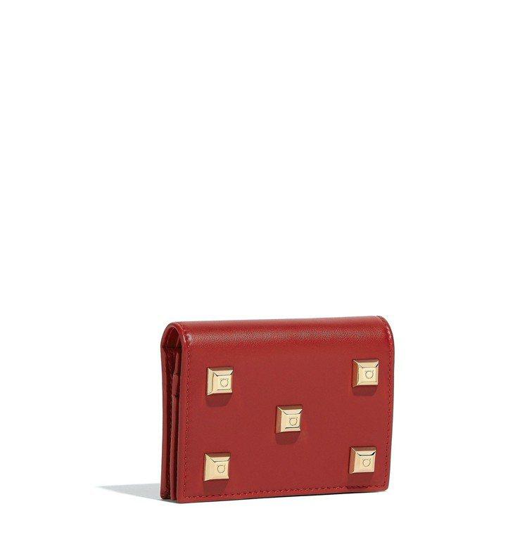 紅色牛皮皮夾,16,900元。圖/Ferragamo提供