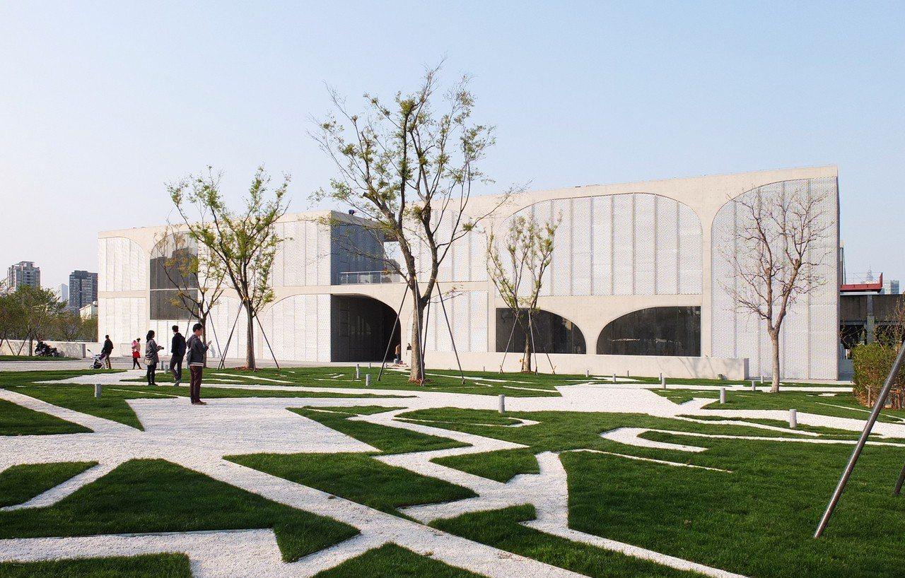 龍美術館替上海西岸濱江帶來新的未來