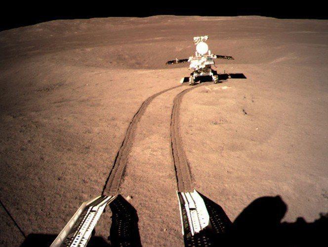 中國探月太空船嫦娥四號是首艘登陸月球背面的航空器。 翻攝自中國國家航天局官網