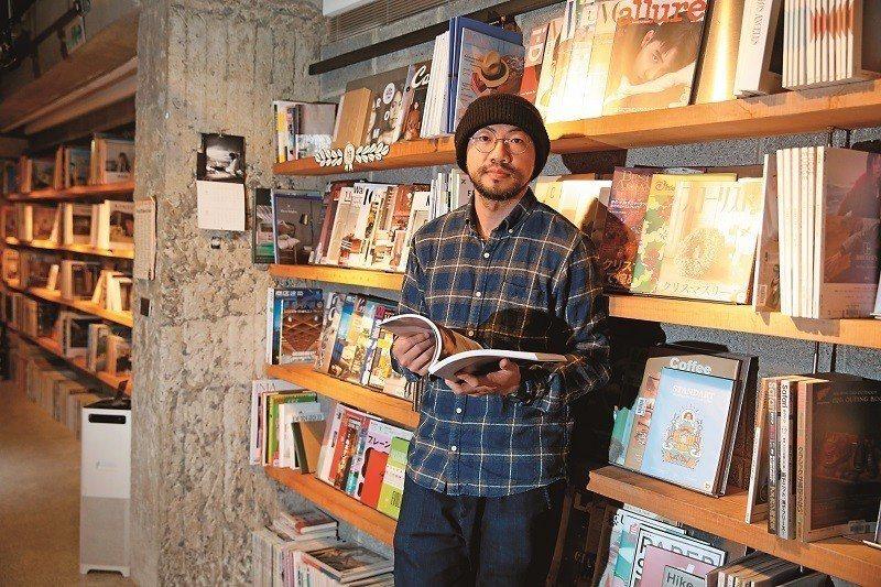 「Boven雜誌圖書館」主理人周筵川認為書店須因應時代改變。(攝影/陳毅偉)